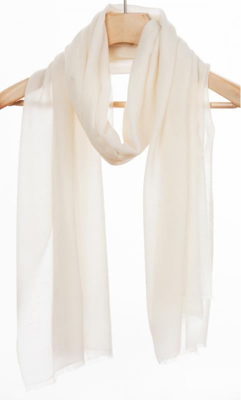 "Wool Scarf ""Diamond"" - natural white"